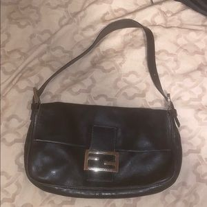 Auth Fendi Black leather shoulder clutch bag